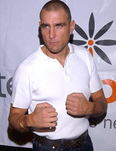 vinnie-jones-arrested-for-bar-fight