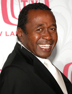 ben-vereen-sues-supersmile